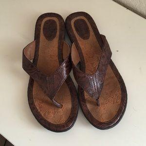 B.o.c. Flip flops